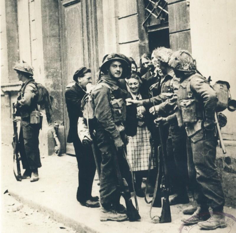 allies-9-juil-43-rue-caponiere-archives-municipales-ville-de-caen-39